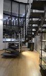 Модульная лестница, с ограждением балюстрады из стекла Optiwhite